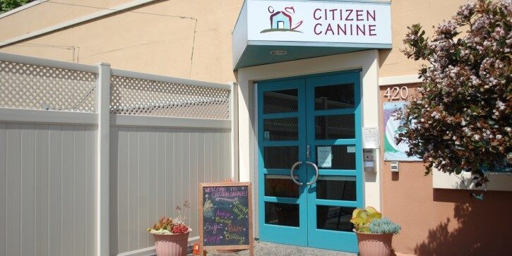 Citizen Canine Entrance